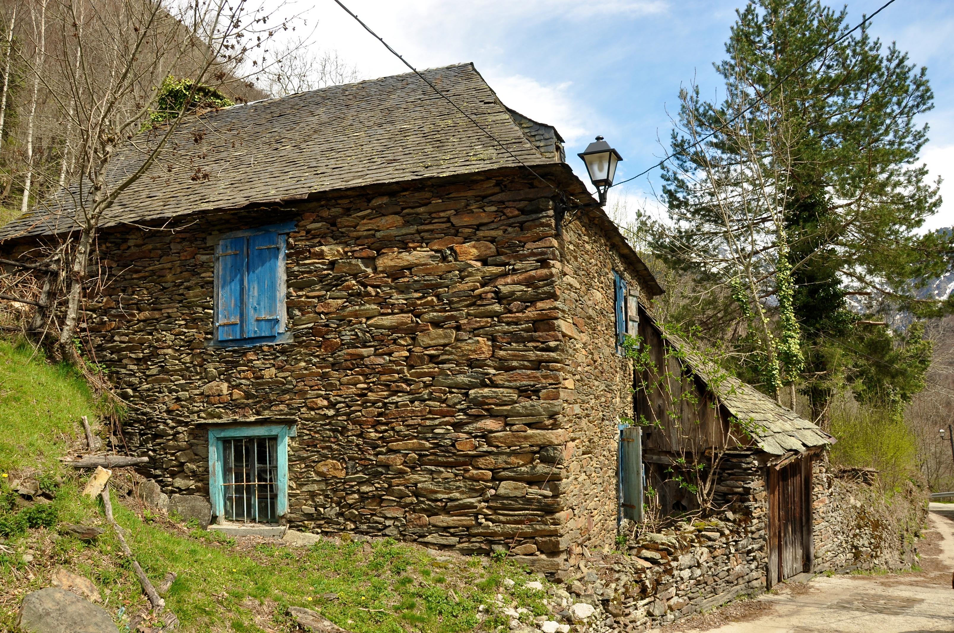 Canejan sant joan de toran canejan val d aran 585 imaginatura - Casas rurales valle de aran ...