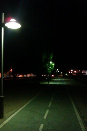 La iluminación del carril bici es buena en casi toda su longitud