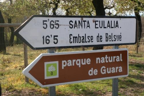 Desde Nueno, a Sabayés, y pasado Sabayés tomamos Sta. Eulalia.